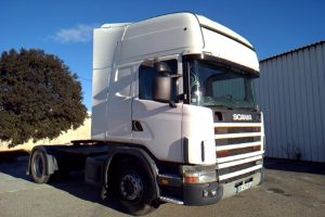 SCANIA R420 BLANC DX-417-VE