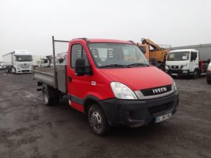 IVECO DAILY 35C13 2.3 TD BENNE 126 CV ROUGE BL-961-MA