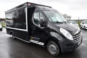 RENAULT MASTER DCI 100 FOOD TRUCK F3500 NOIR CH-139-YX