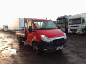 IVECO DAILY BENNE 35C13 ROUGE CM-437-HS