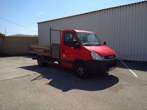 IVECO DAILY BENNE ROUGE BR-247-TV