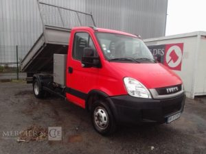 IVECO 35C13 BENNE ROUGE BR-913-RY